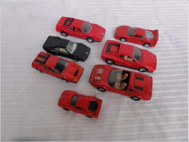 voiture miniature burago gorgi majorette ferrari rouge. Black Bedroom Furniture Sets. Home Design Ideas